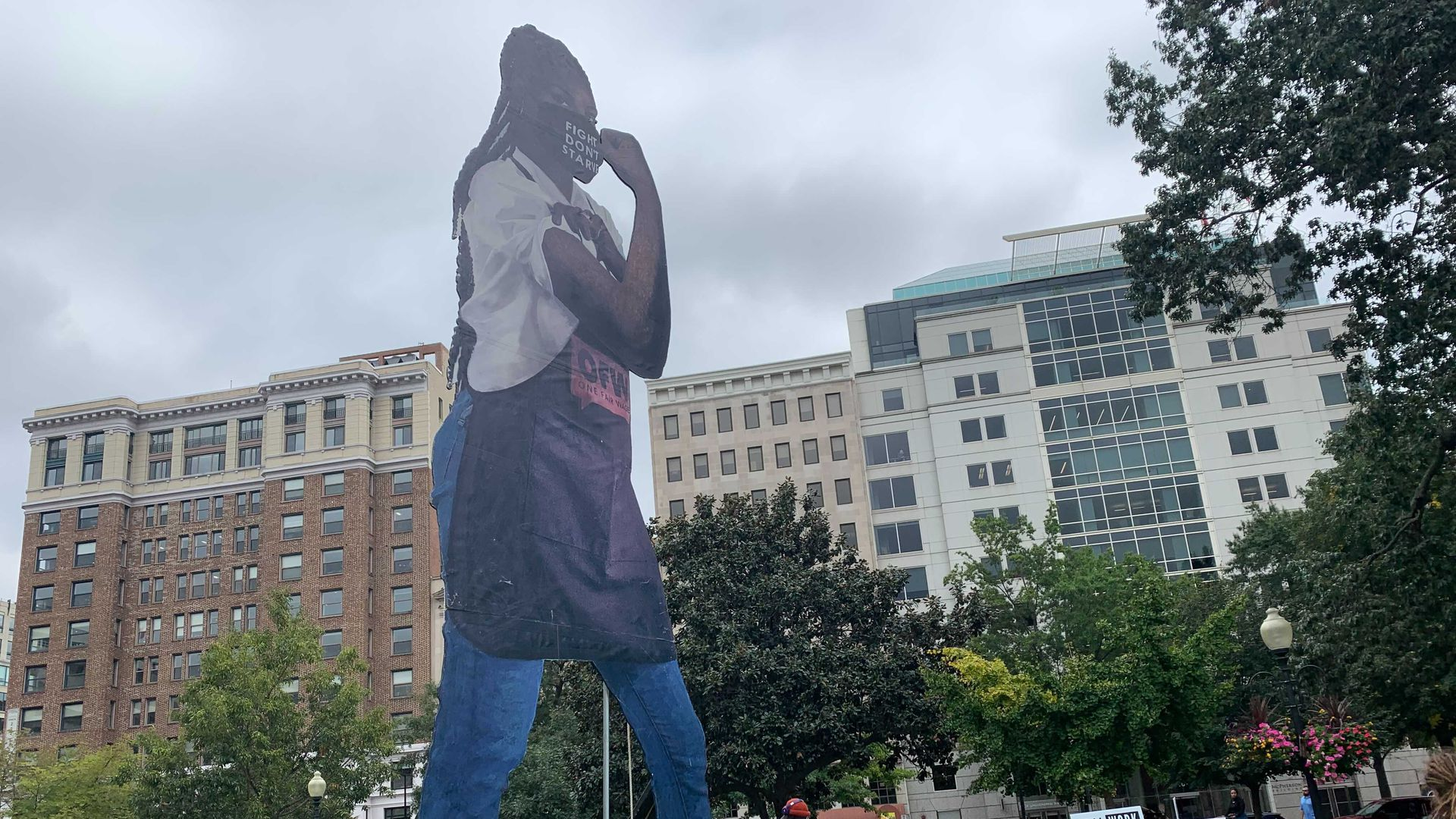 Tipped minimum wage rally in D.C.