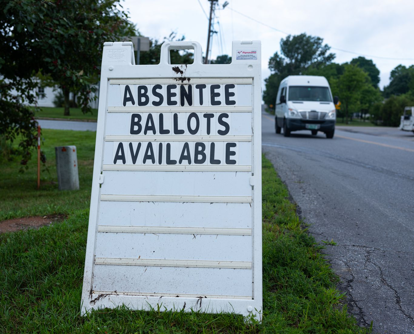Supreme Court won't block Rhode Island's eased absentee voting rules thumbnail