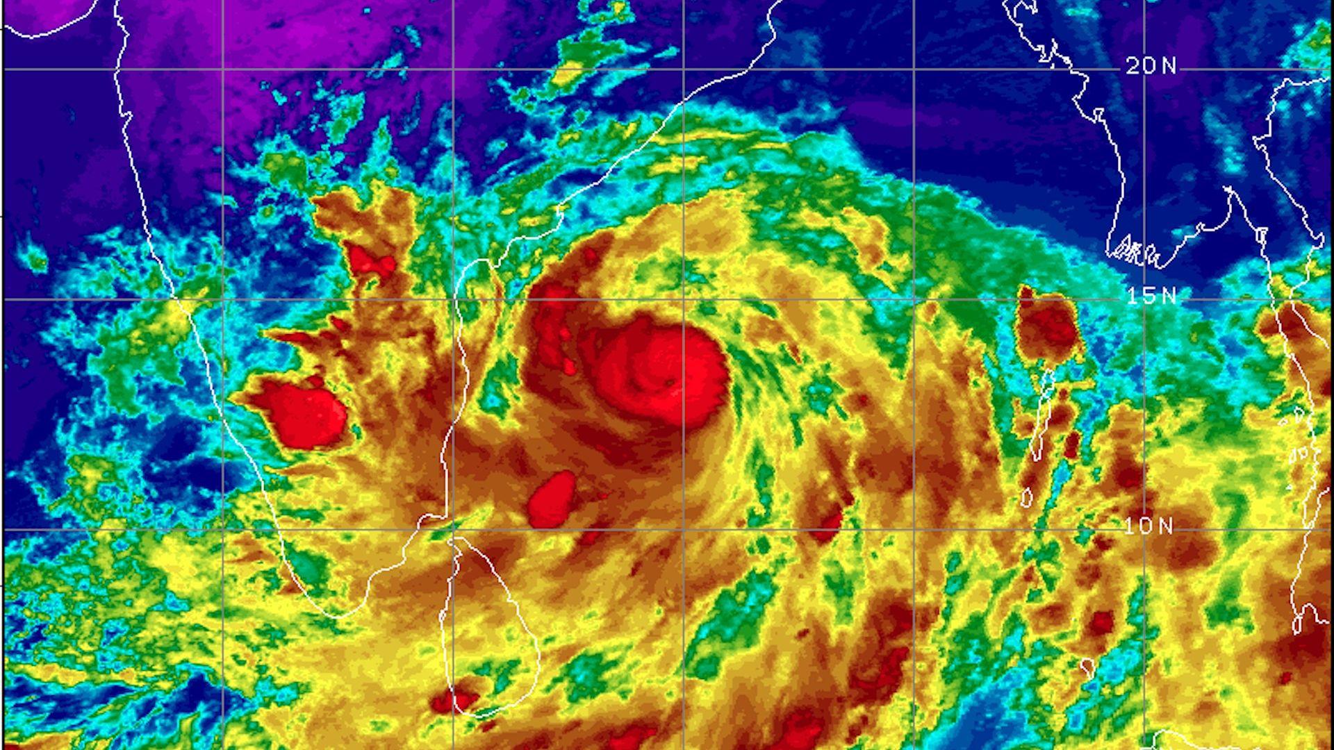 Extremely severe\' Cyclone Fani takes aim at India and Bangladesh - Axios
