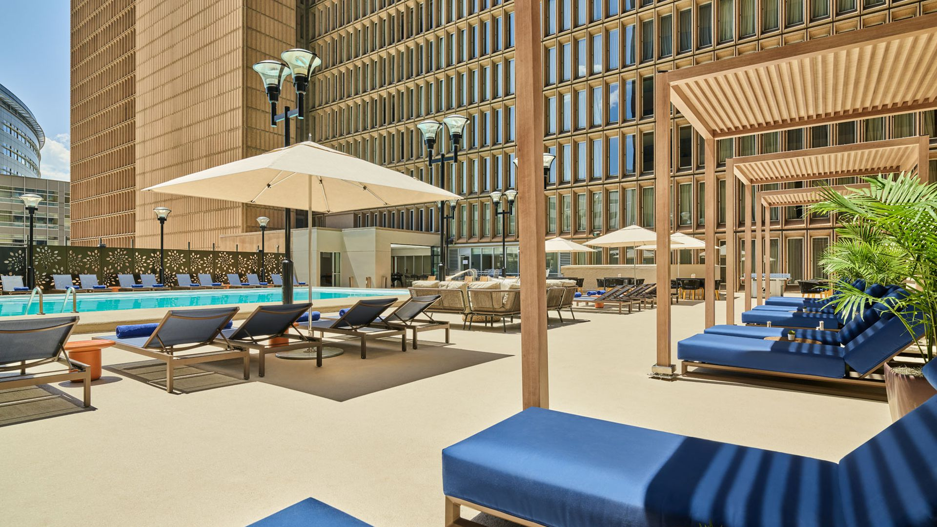 The spritz pool bar at the renovated Sheraton Downtown Denver.