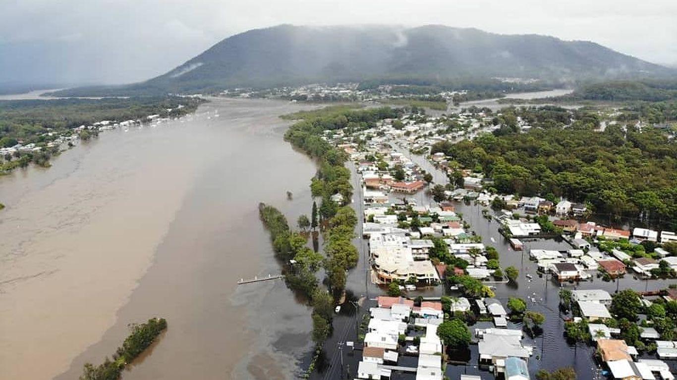 In photos: Thousands evacuated in Australia as flood threat worsens amid relentless heavy rains thumbnail