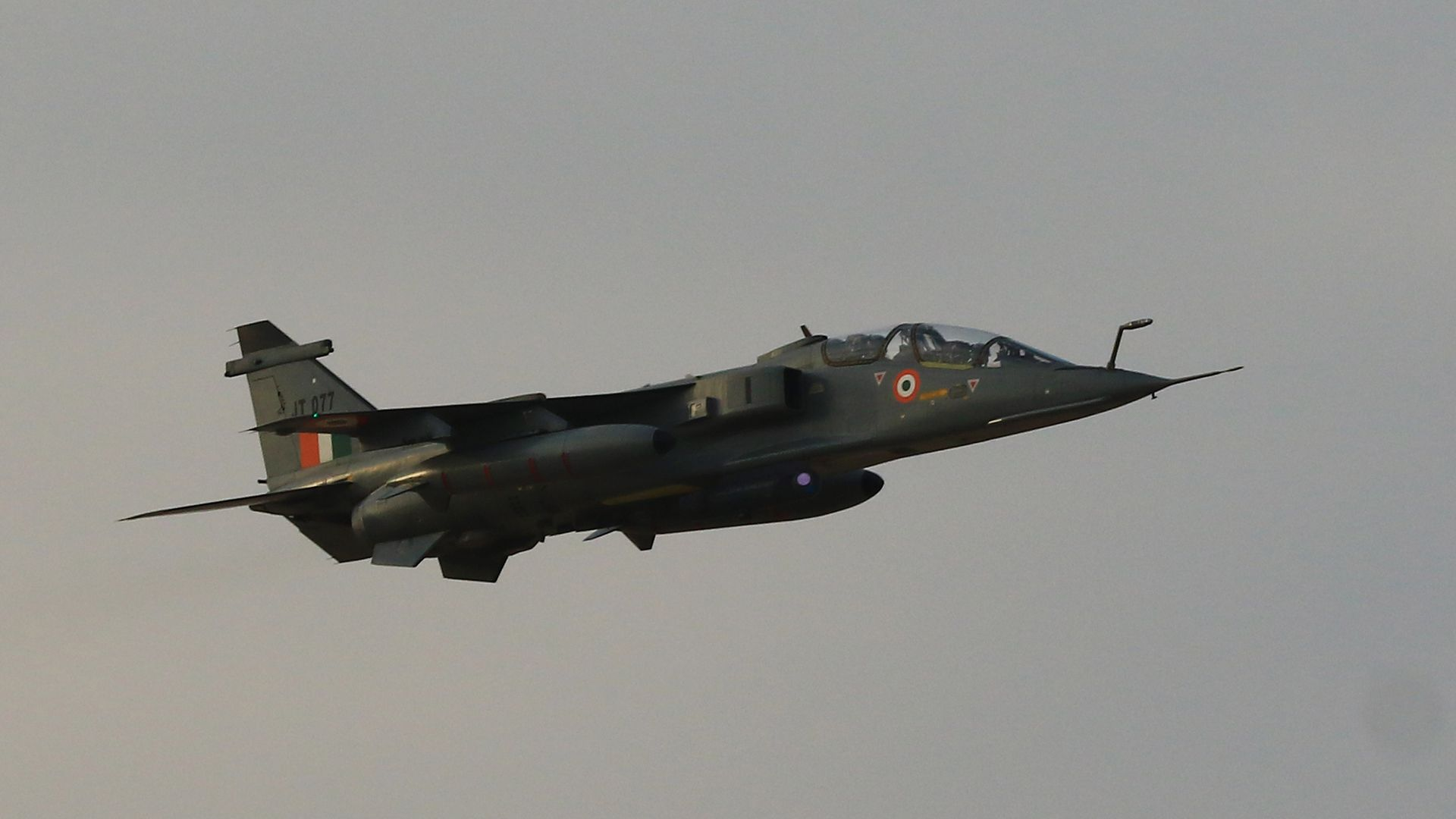 Pakistan says it has arrested a pilot after shooting down two Indian Air Force jets in its airspace in Kashmir.