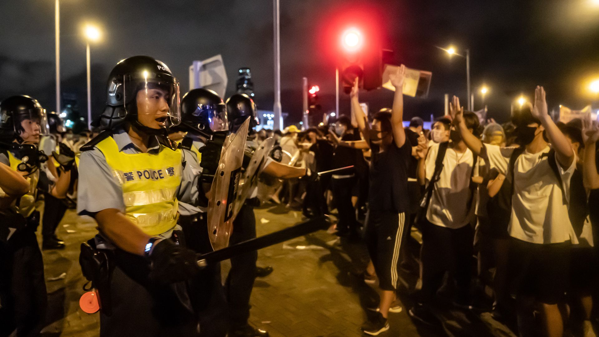 Protesters clash with police. Photo: Anthony Kwan/Getty Images