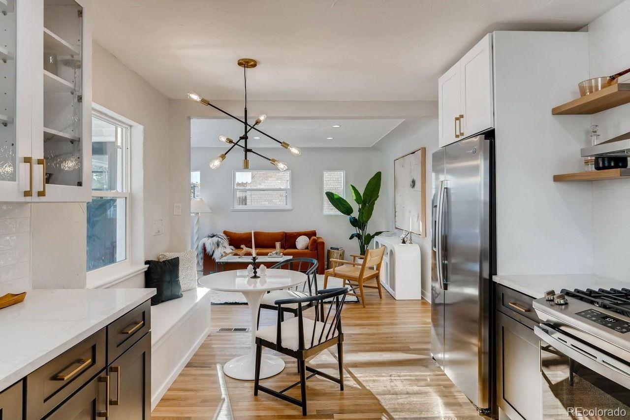 4555 W. Moncrieff Place interior
