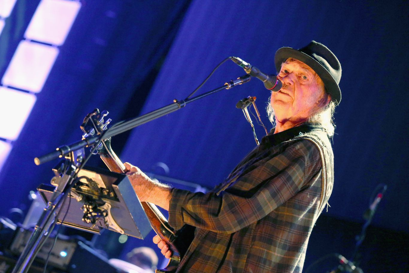 Neil Young blasts Trump for using his music at Rushmore