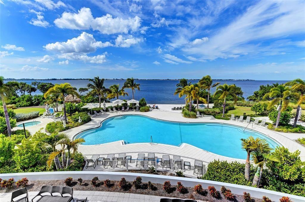 387 Aruba Circle #303 community pool