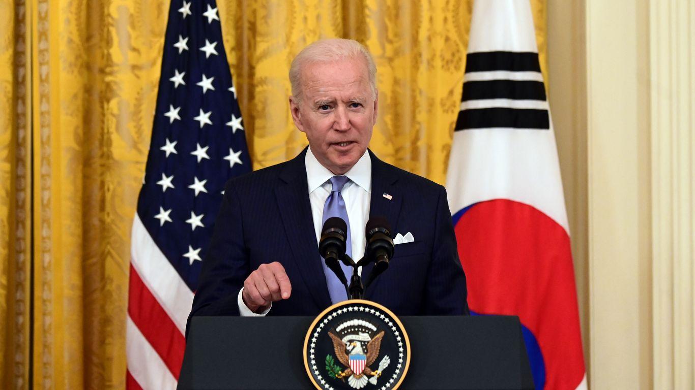 Biden: U.S. will coordinate with the EU on Belarus response thumbnail