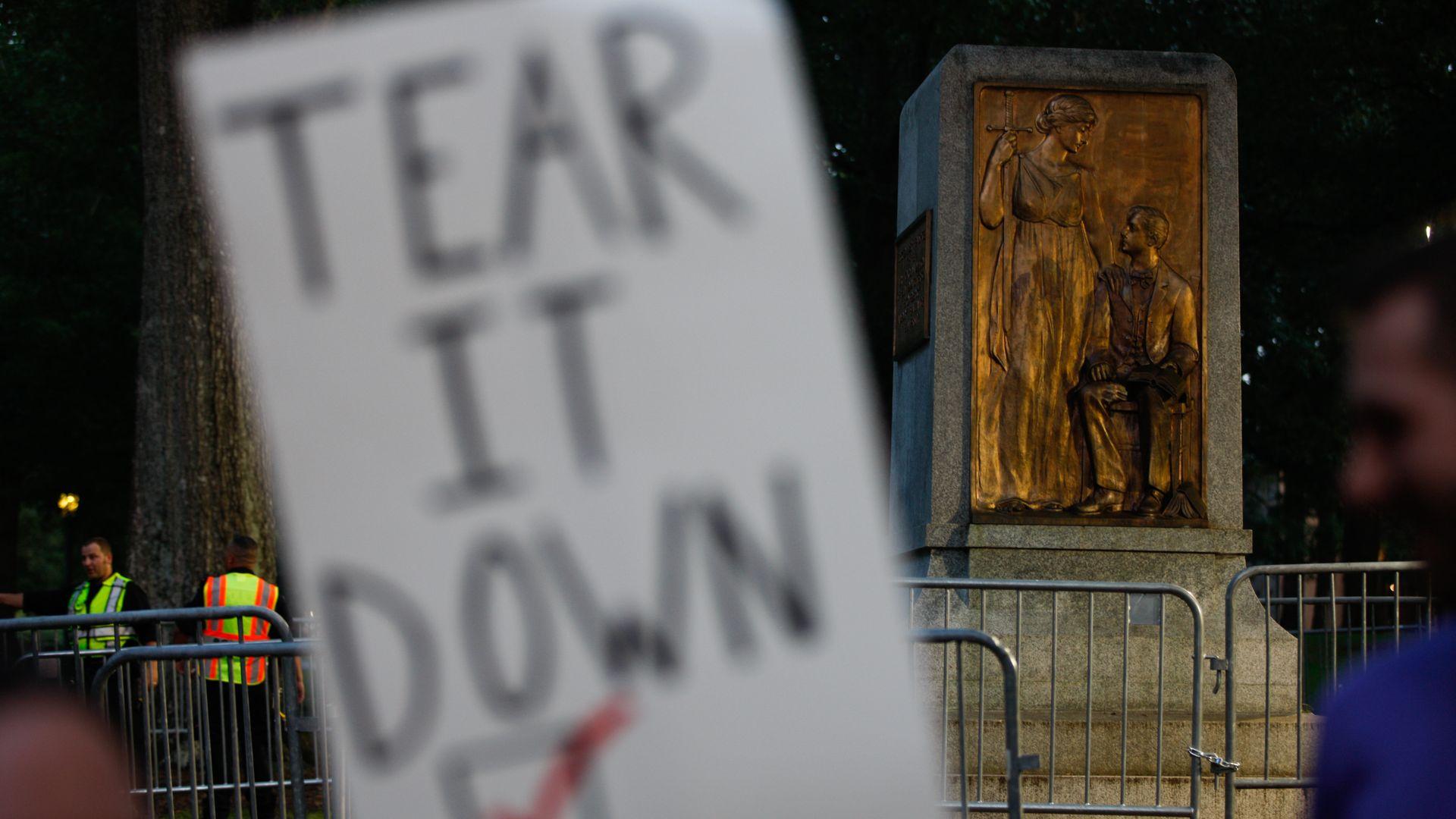 Confederate statue Silent Sam at Chapel Hill
