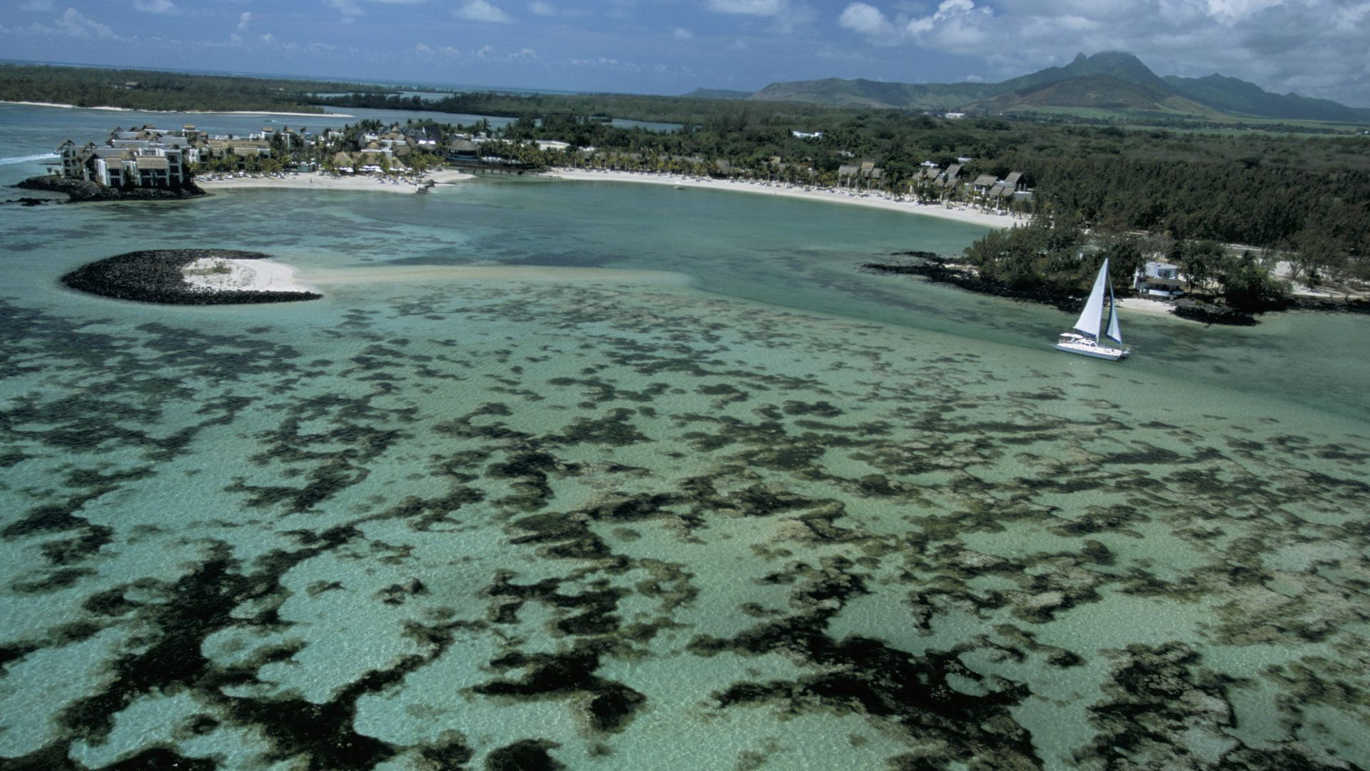 Mauritius (Photo by Marka/Universal Images Group via Getty Images)