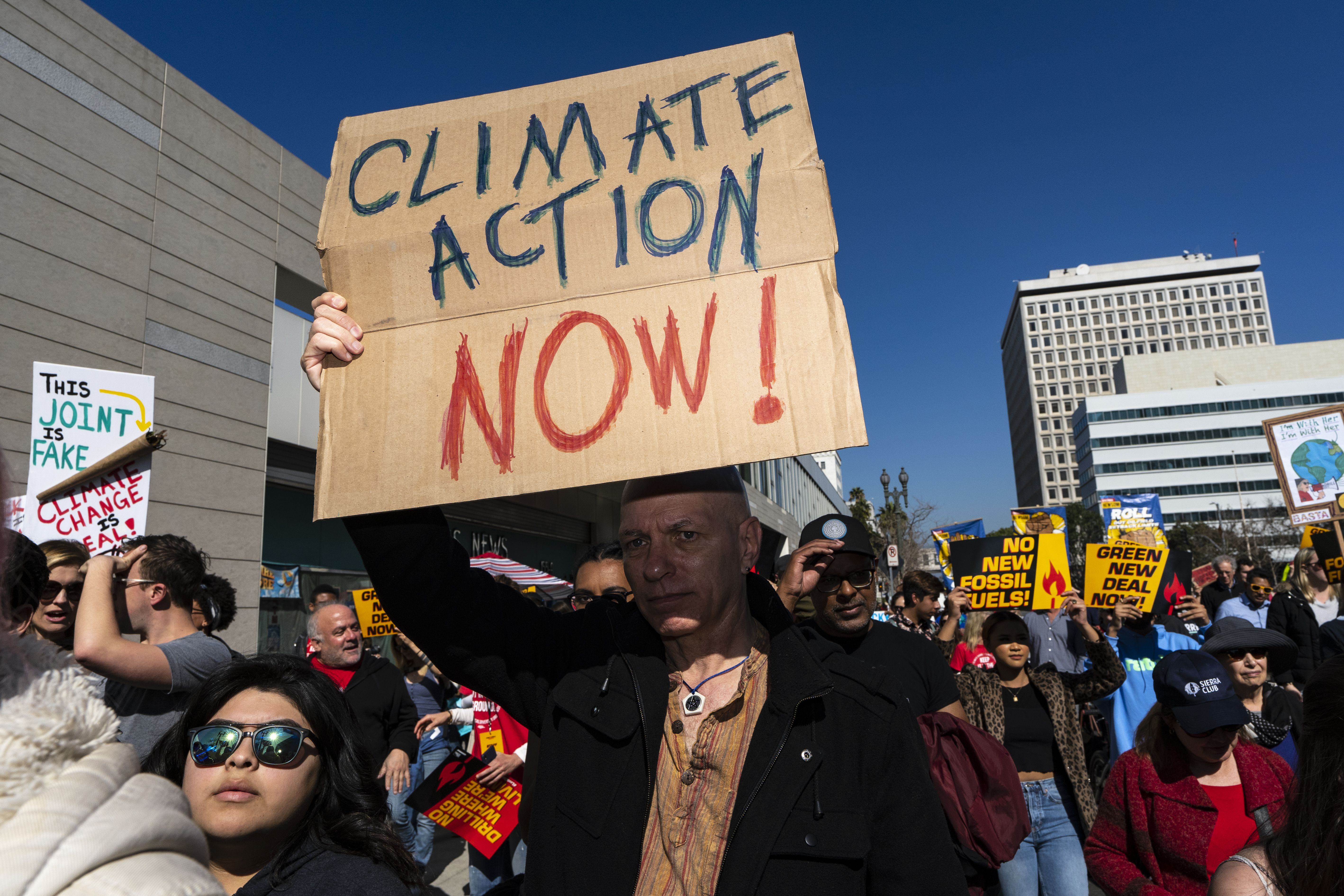 One-third of U.S. voters believe climate change is a crisis - Axios