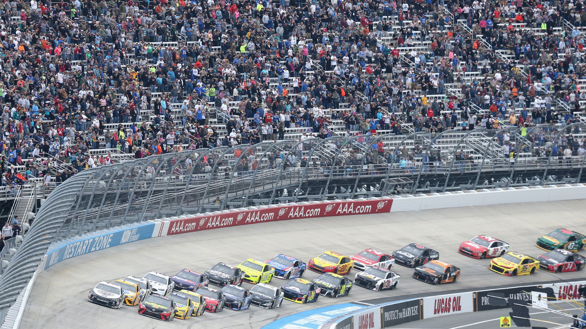 Report: NASCAR is for sale - Axios