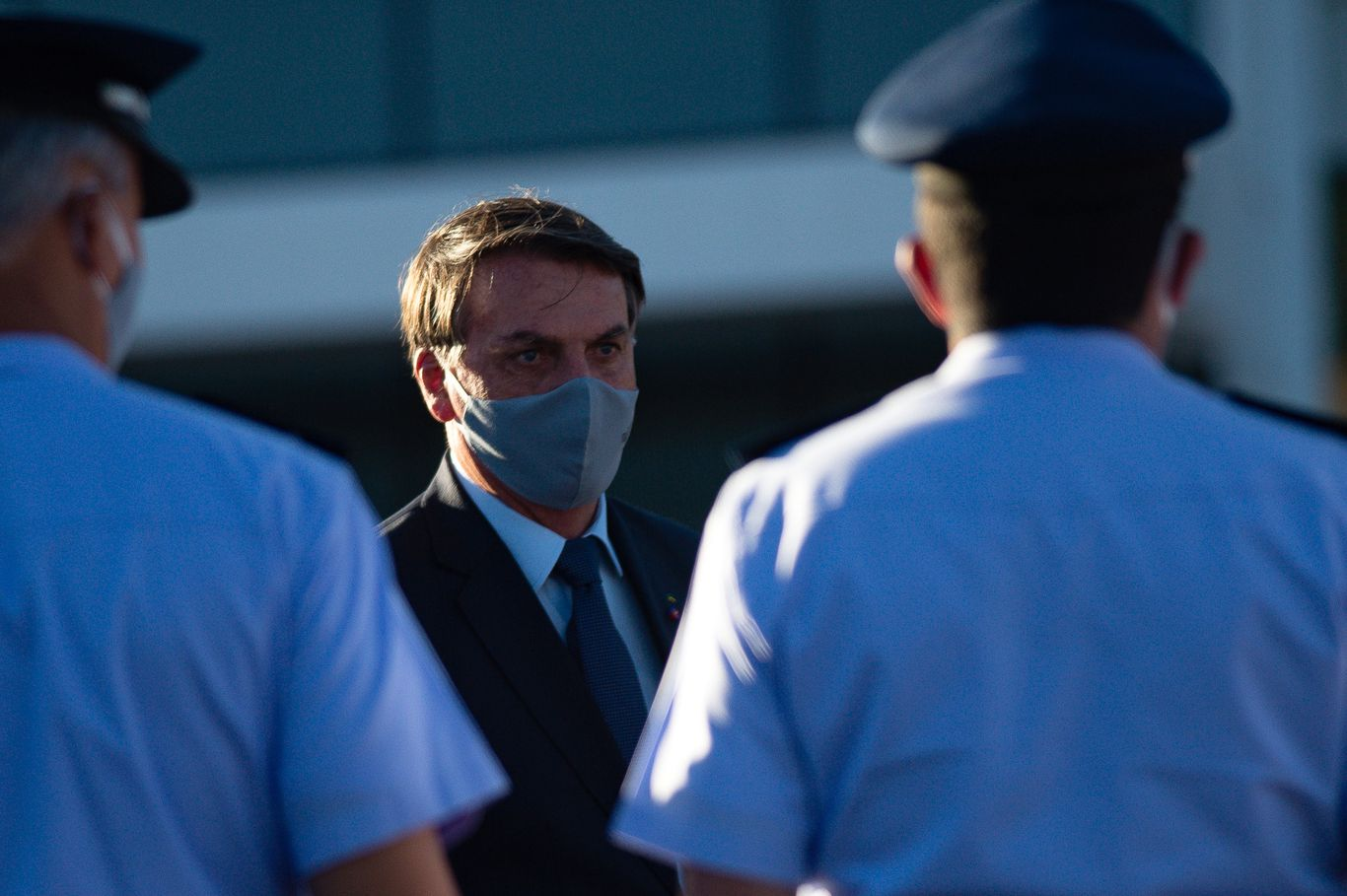Bolsonaro ordered by federal judge to wear a face mask
