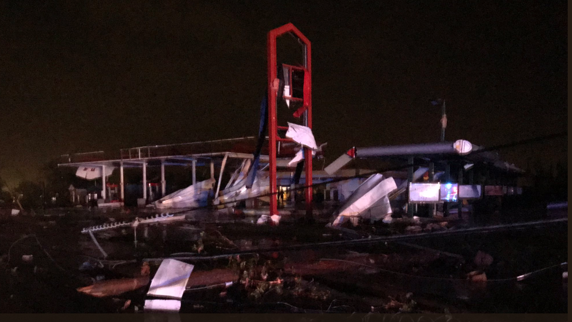 "Central U.S. storms: 3 killed in Missouri as ""violent tornado"" hits Jefferson City"
