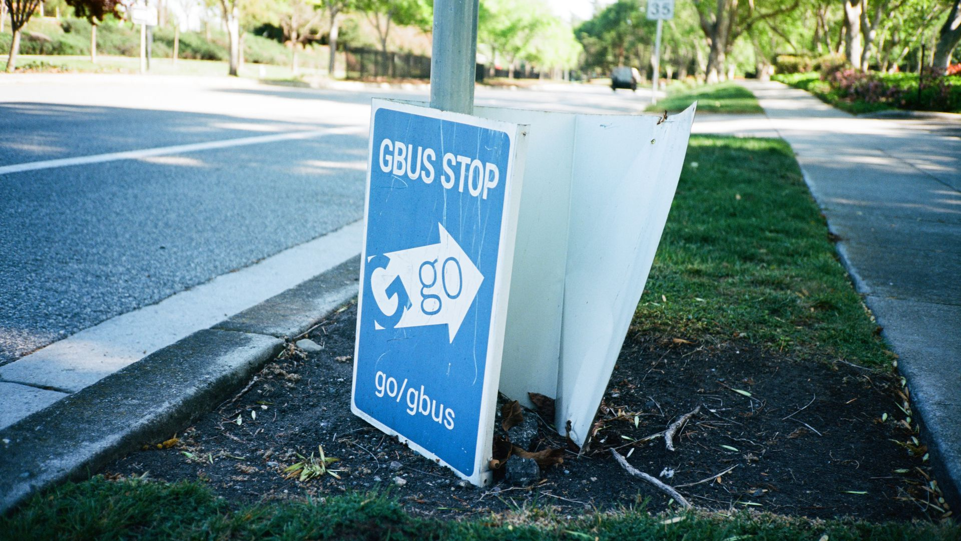 A Google Bus, or GBus, stop sign.