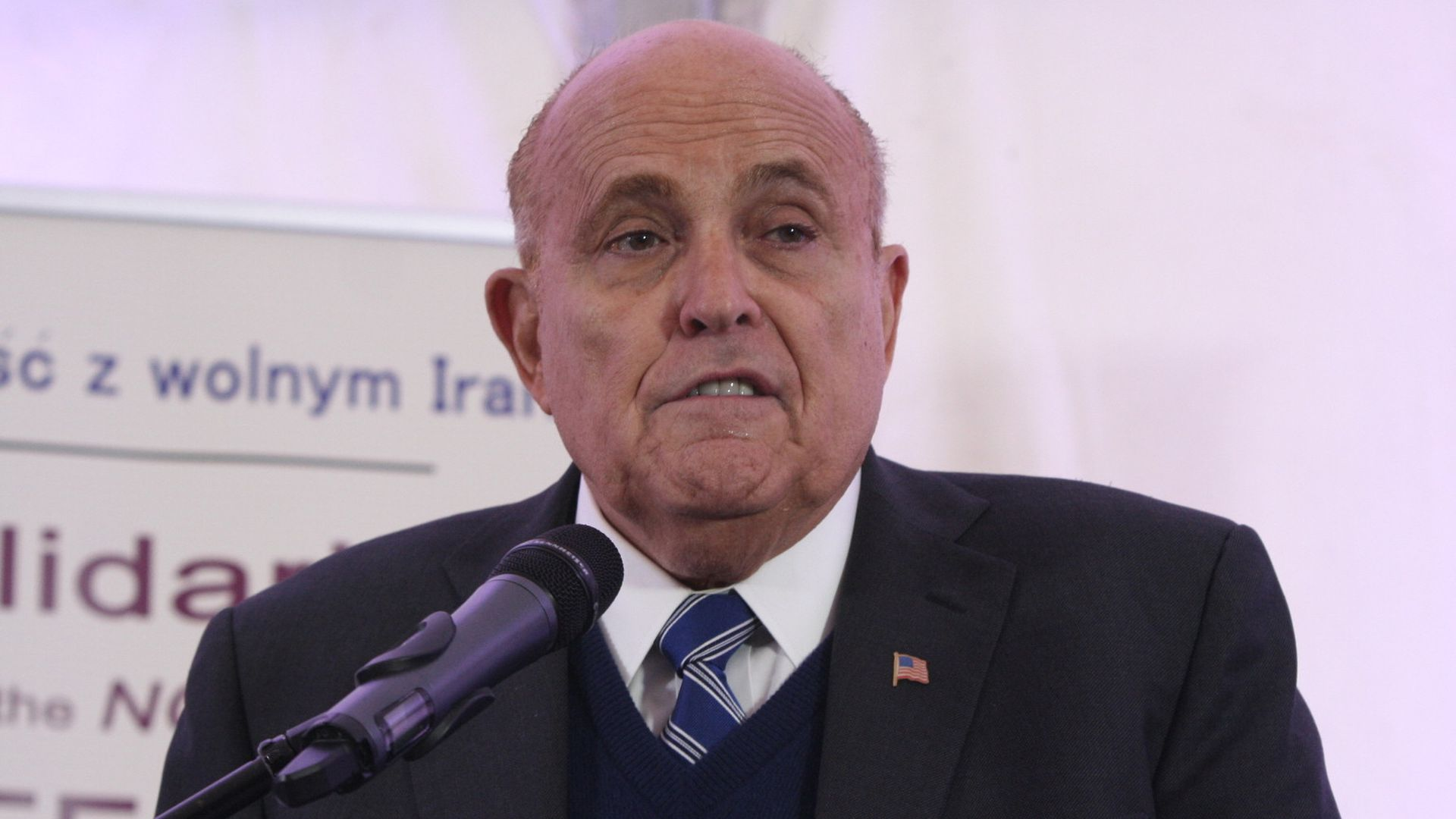 Rudy Giuliani met with a former Ukranian diplomat last week, amid push to investigate Russia probe