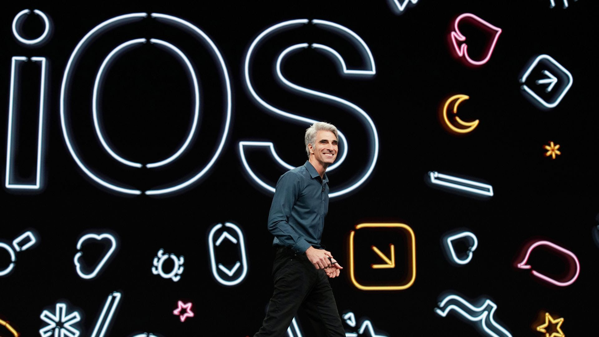 Craig Federighi unveiling iOS 13 at WWDC 2019. Photo: Apple