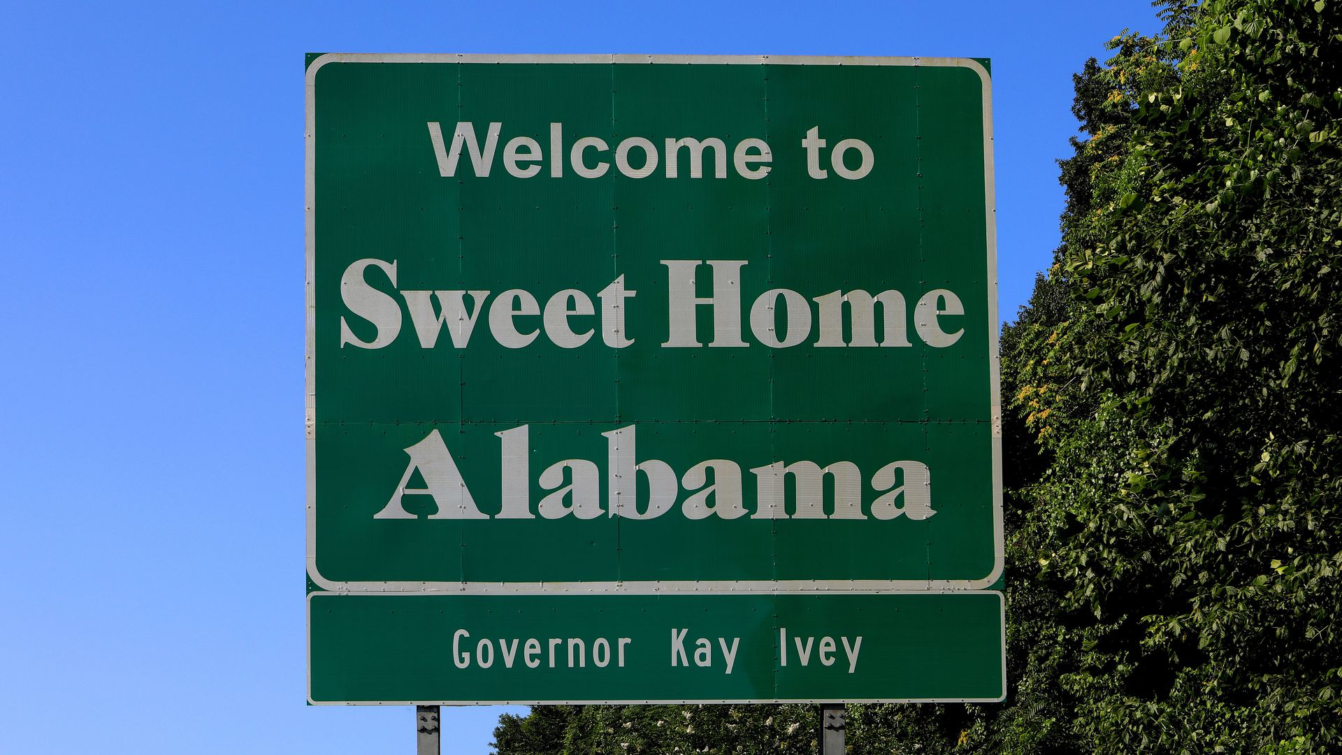 Alabama's GOP governor issues statewide mask mandate - Axios