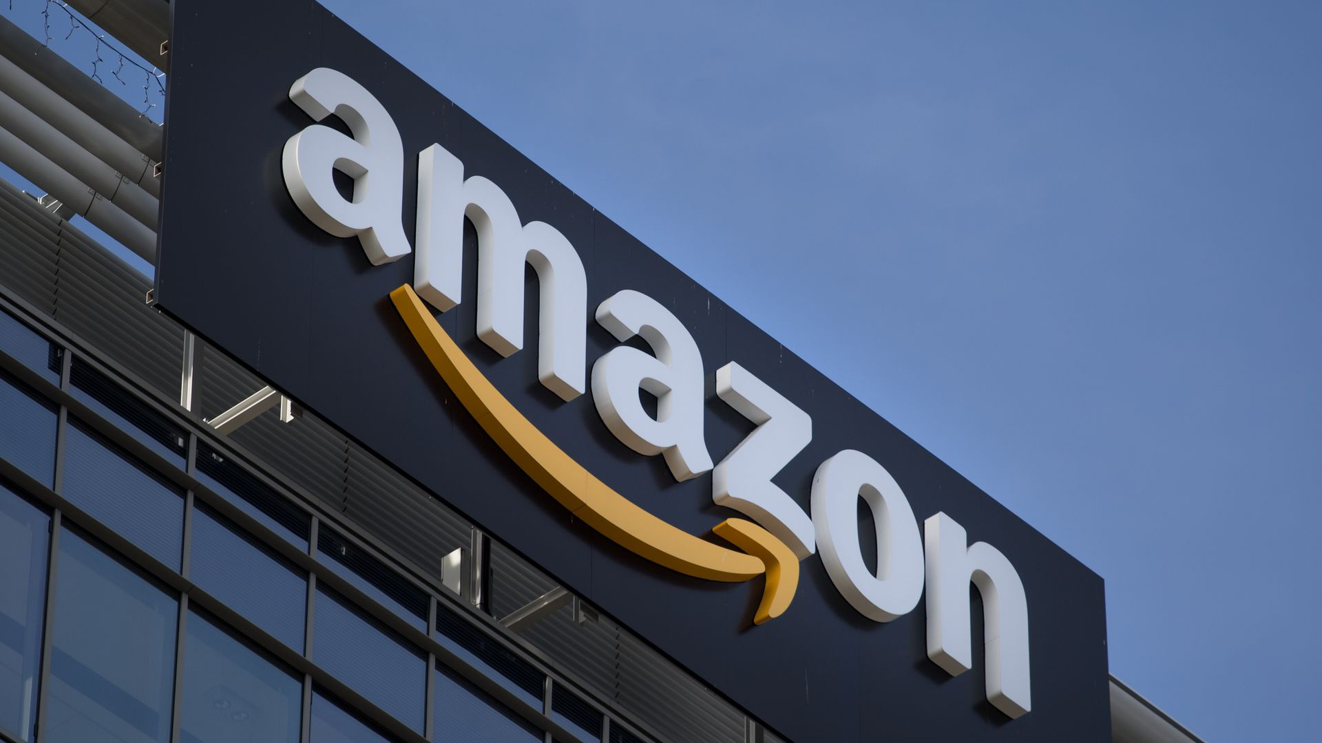 Survey: College students prefer Amazon\'s HQ2 in Atlanta - Axios