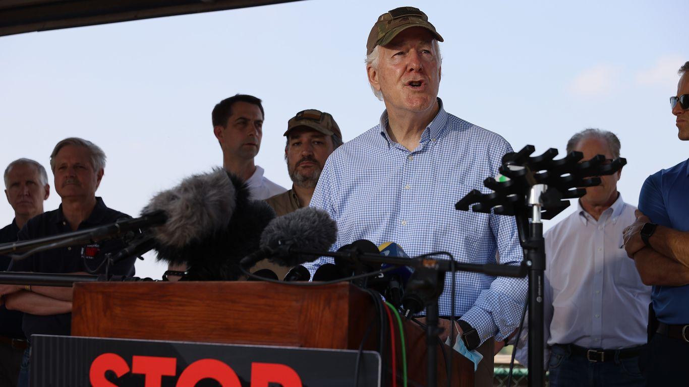 Senators unveil bipartisan bill to address surge at the border thumbnail