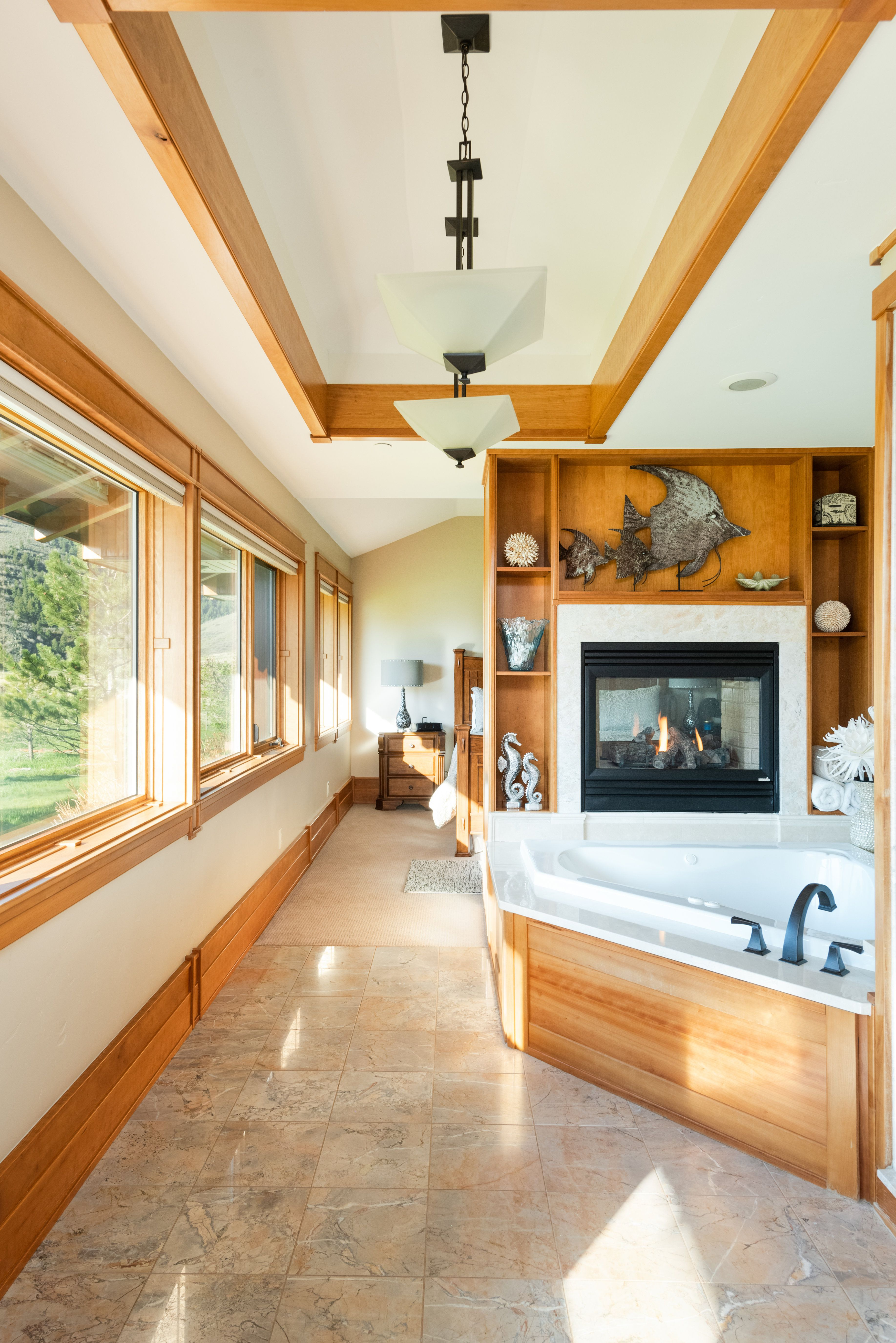Colorado Mountain house on 35 acres asks $7M bathroom