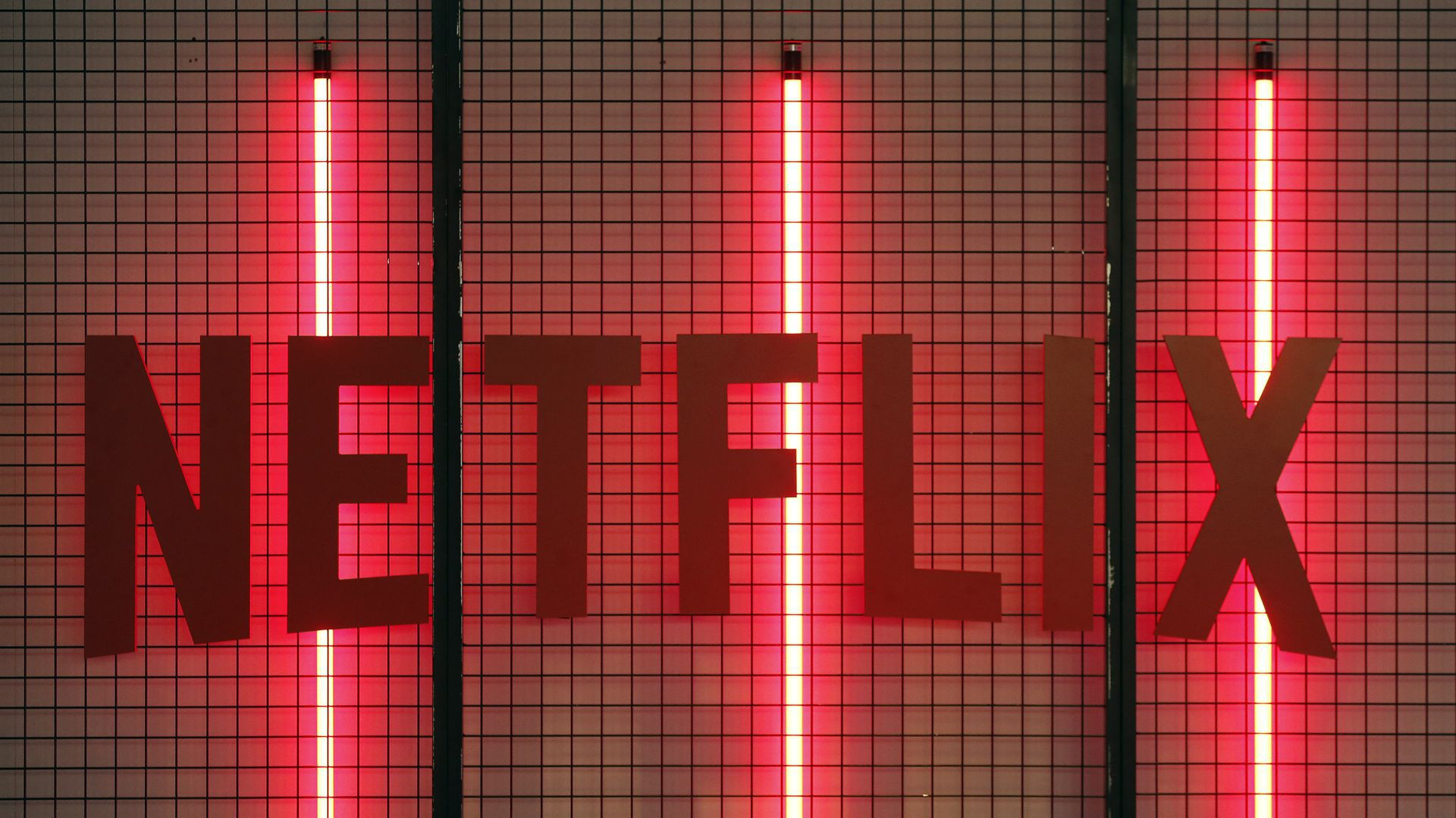 Netflix raises prices for all 3 subscription tiers - Axios