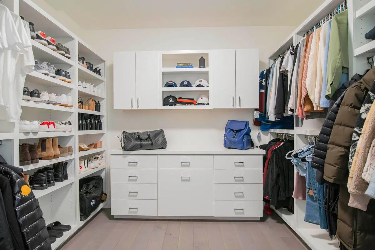 Photo of closet