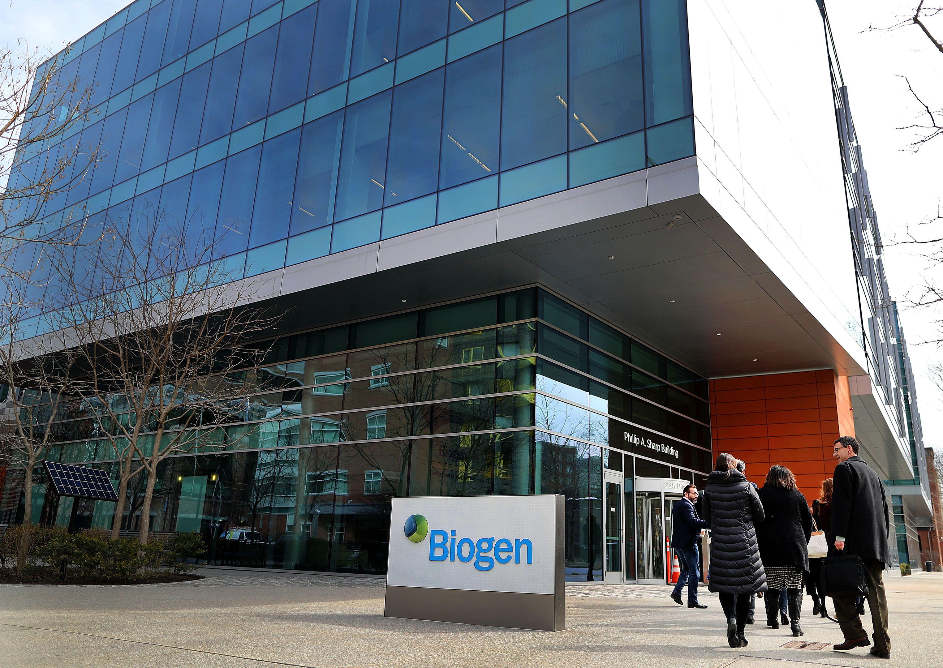 Biogen brings in Warren Buffett, loses Ray Dalio - Axios