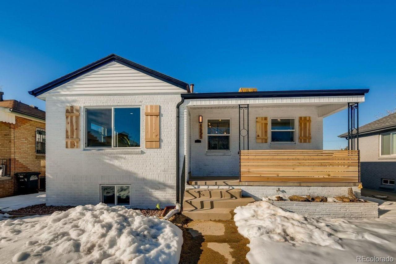 4555 W. Moncrieff Place exterior