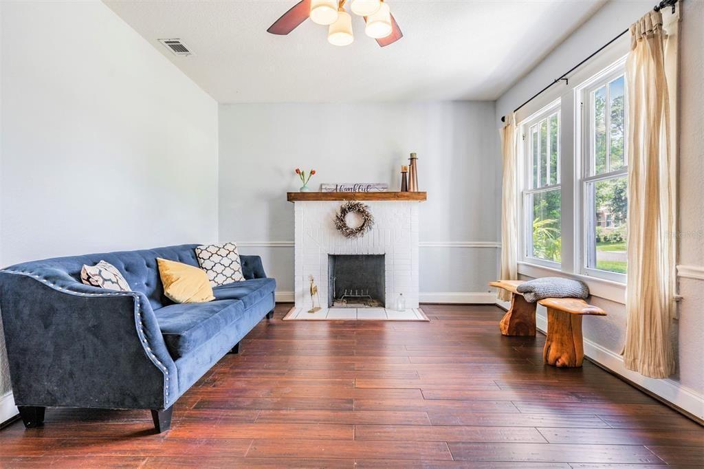 1221 E. Giddens Ave.  living room