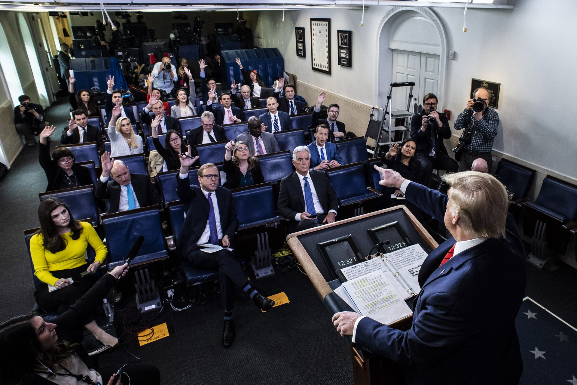 Member Of White House Press Corps Suspected To Have Contracted Covid 19 Axios