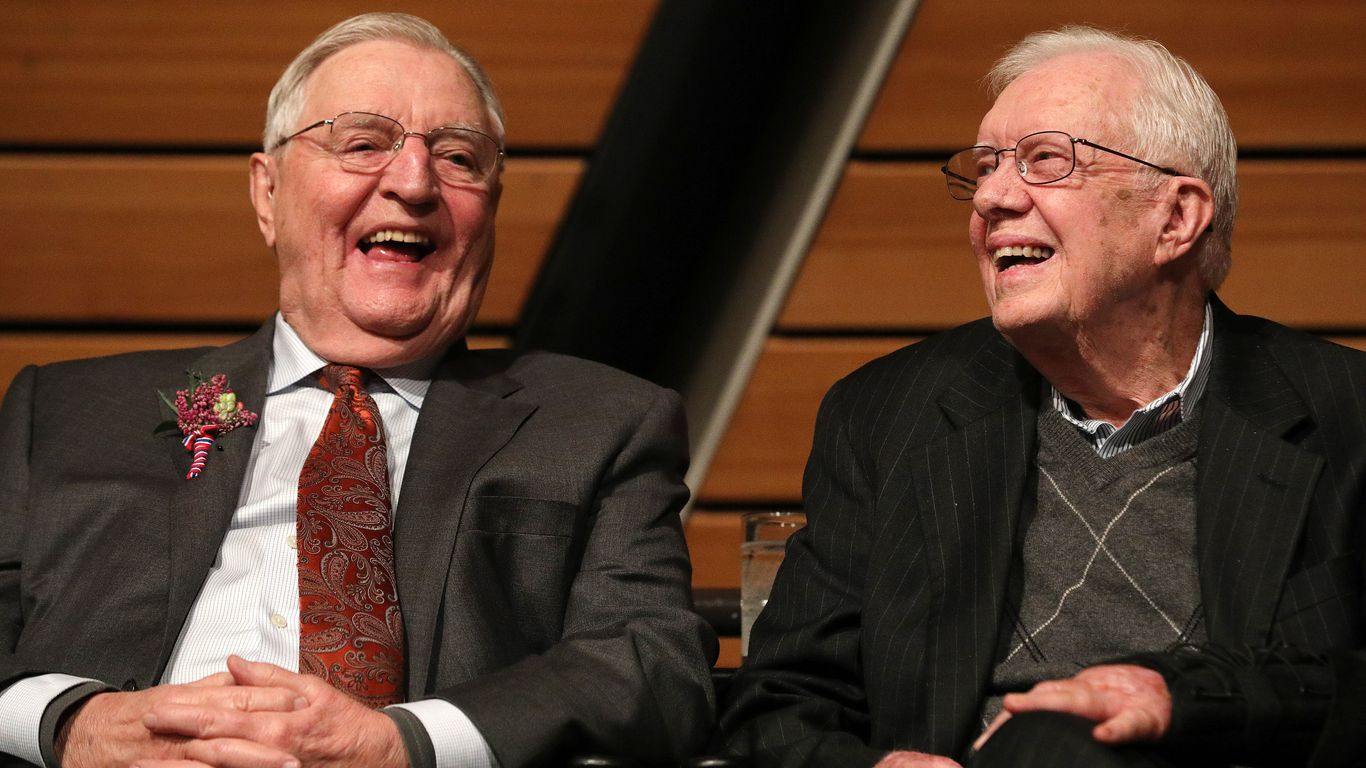 Current Status: Former Vice President Walter Mondale dies at 93