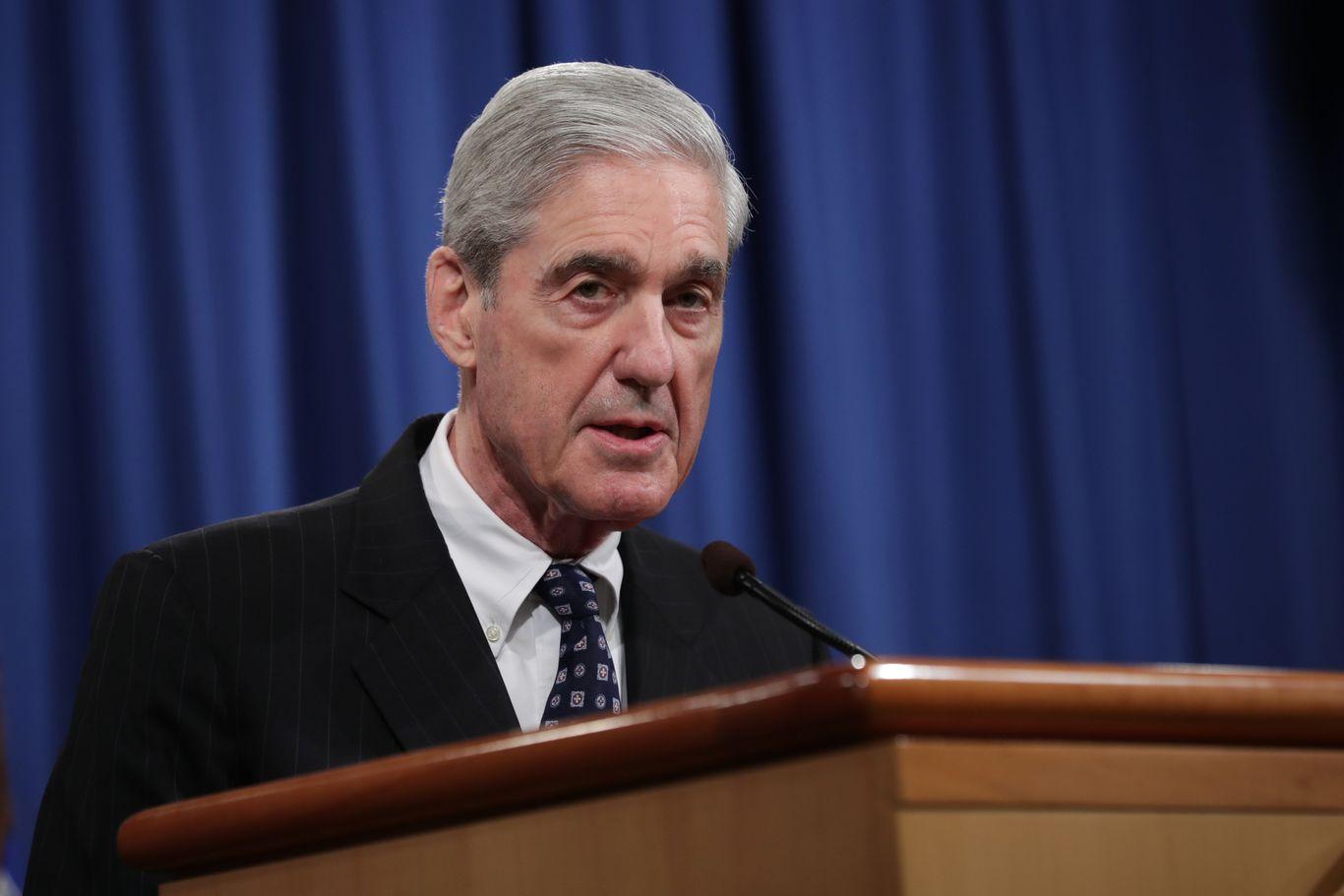 DOJ releases new Mueller report details on Roger Stone and Julian Assange thumbnail
