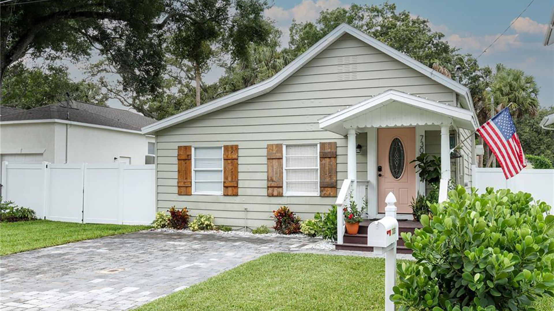 axios tampa bay homes for sale under 300k