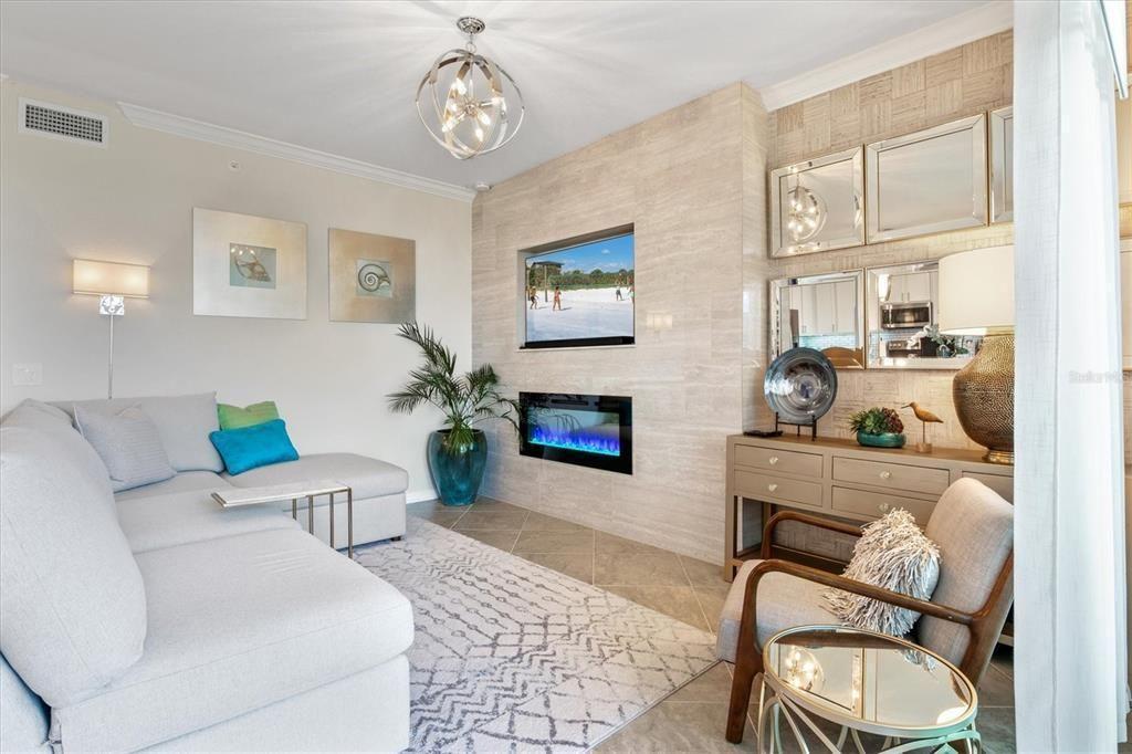 1030 Tidewater Shores Loop #202 living room