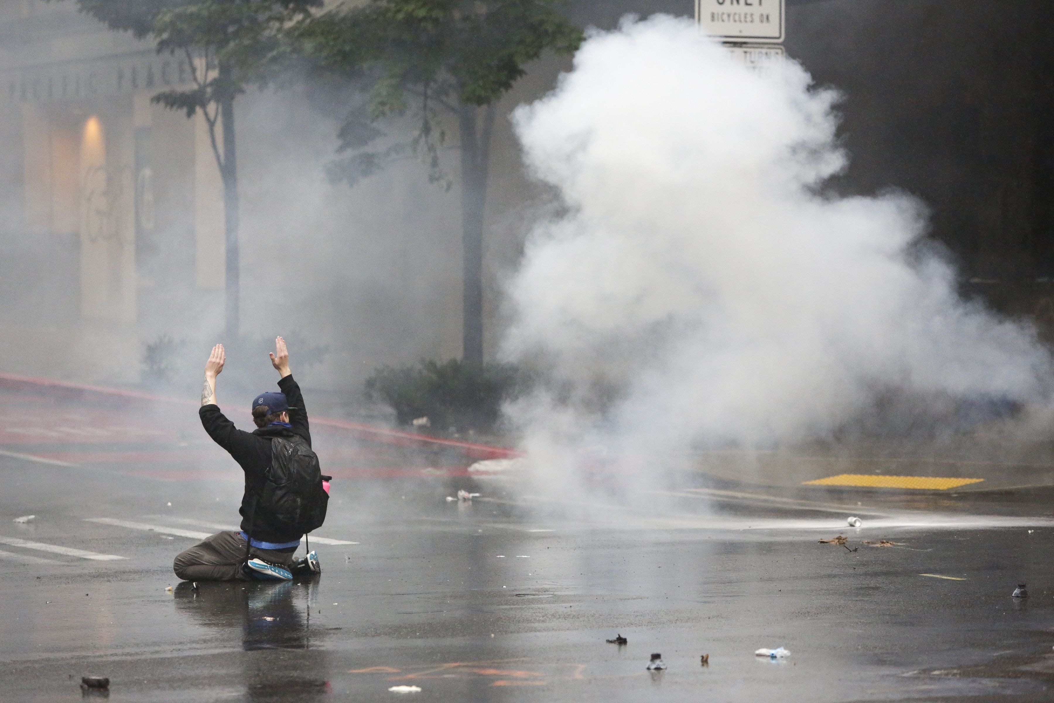 Seattle mayor bans use of tear gas on protesters for 30 days