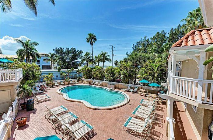 1325 Gulf Dr N #231 pool