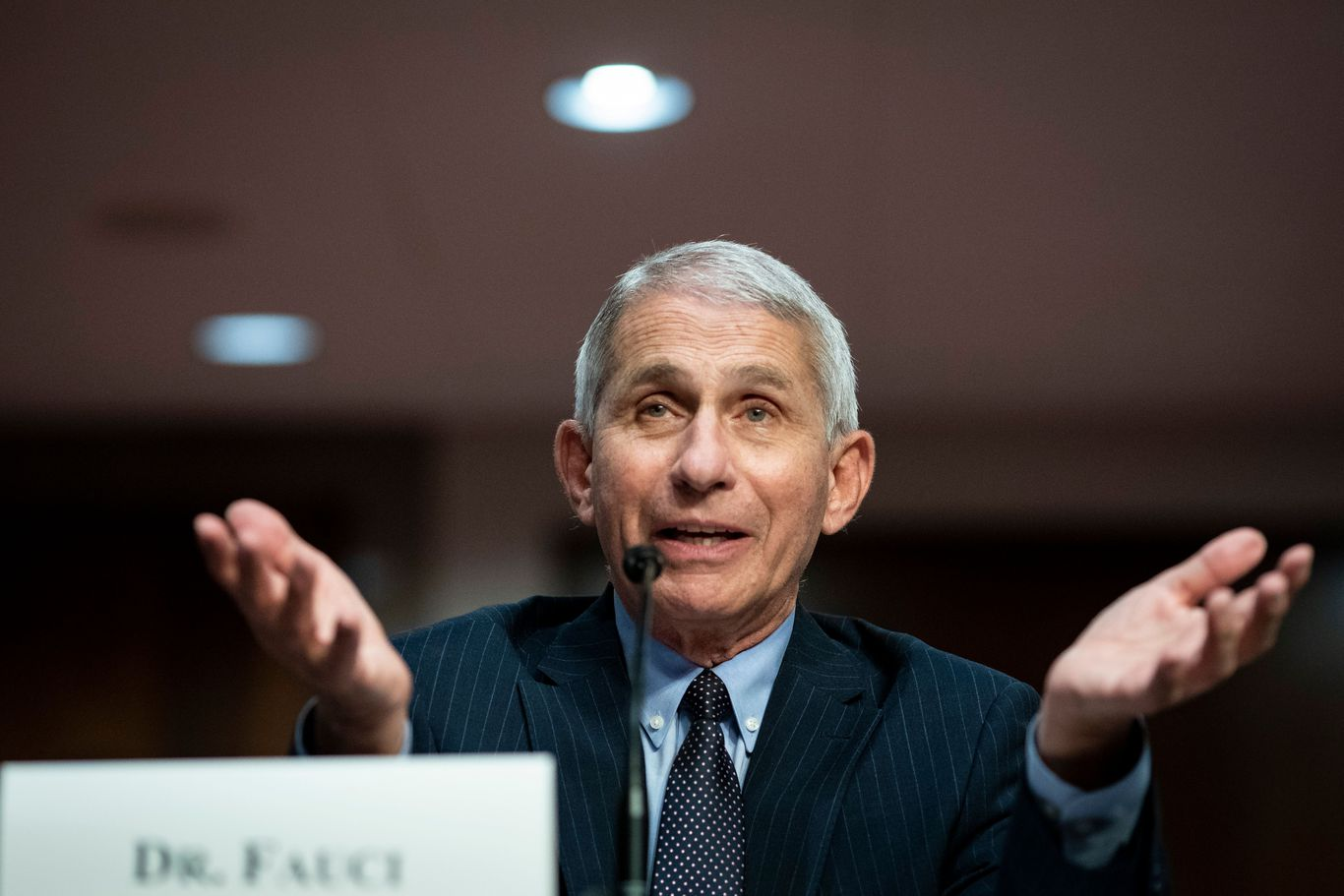 "Fauci on who to trust amid coronavirus: ""Stick with respected medical authorities"" thumbnail"