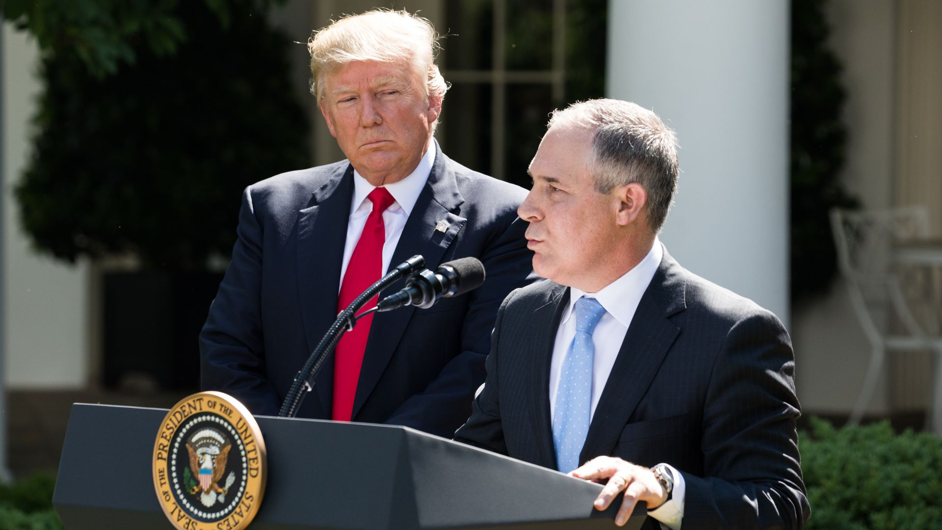 Trump looks at Pruitt with some side eye as Pruitt speaks at the White House