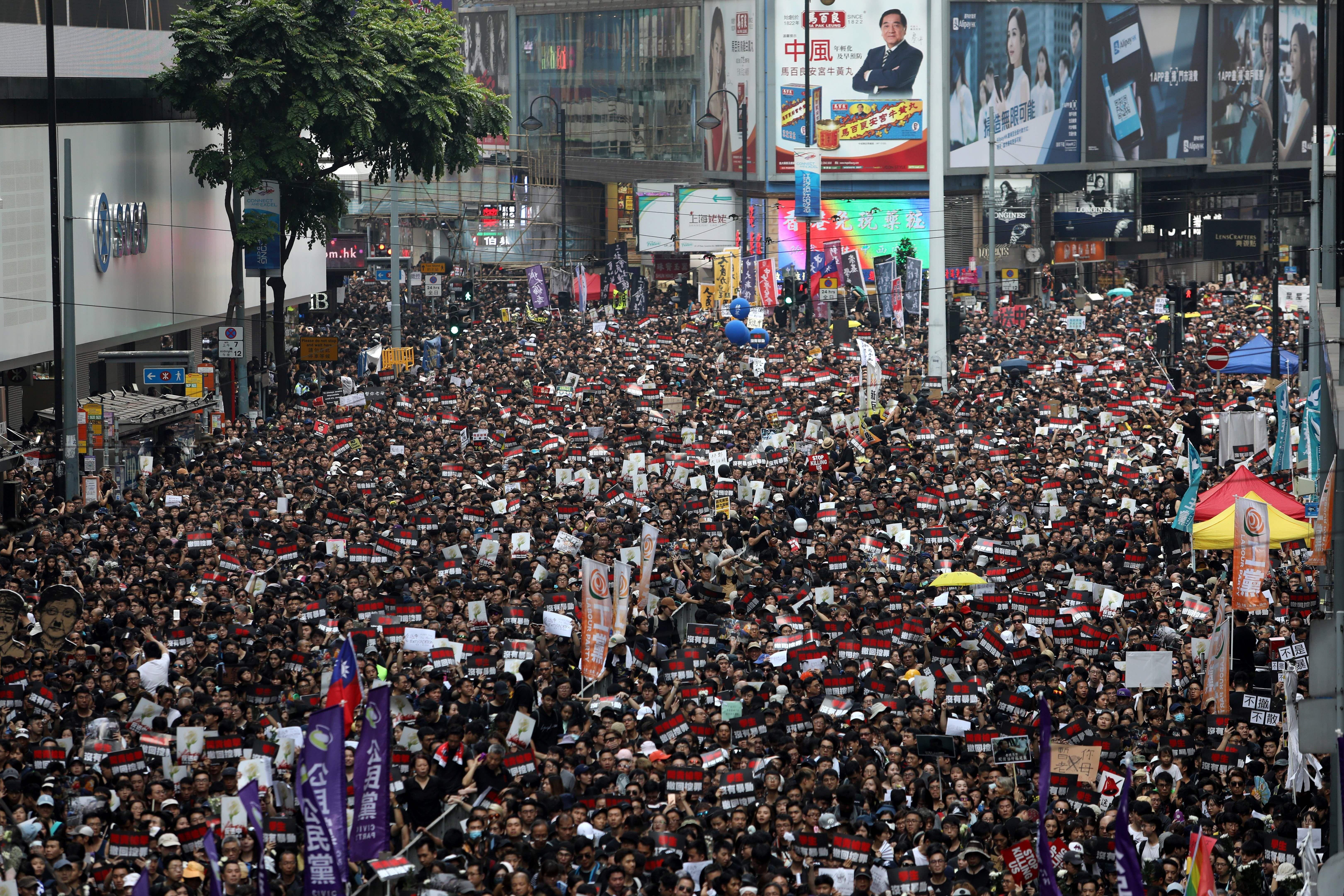 Hong Kong Rally Protests Extradition Bill, Leader  In Photos - Axios-9435