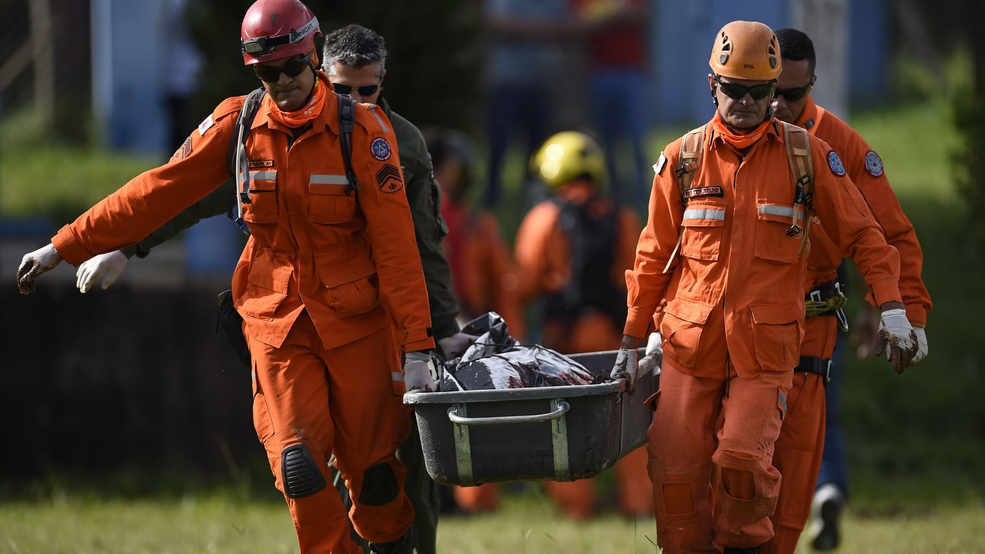 Rescue in Brazil after iron ore mine collapsed