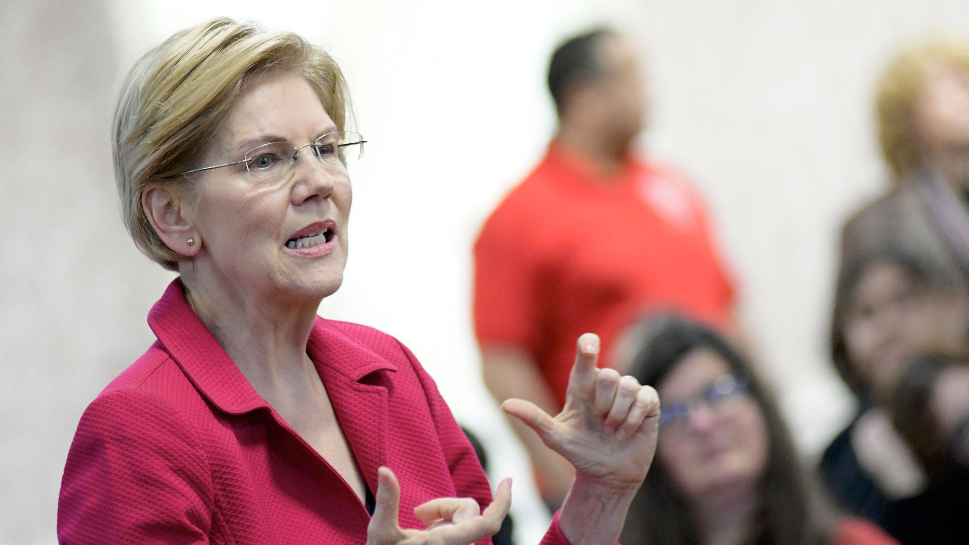 Warren reveals plan for U.S. military to combat climate change