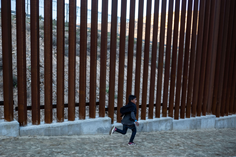 Guatemalan boy dies in U.S. custody - Axios