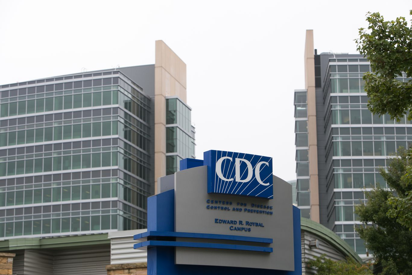 "More than 1,000 CDC employees call out ""ongoing and recurring acts of racism"""