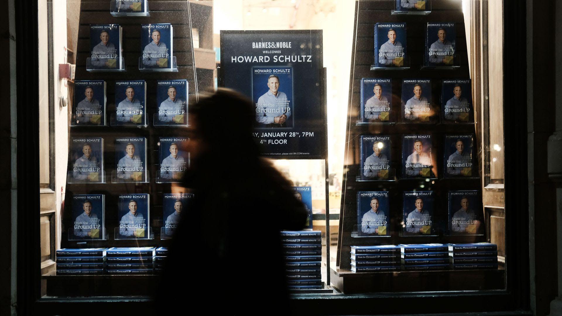 Short sellers take aim at Starbucks as Howard Schultz weighs 2020