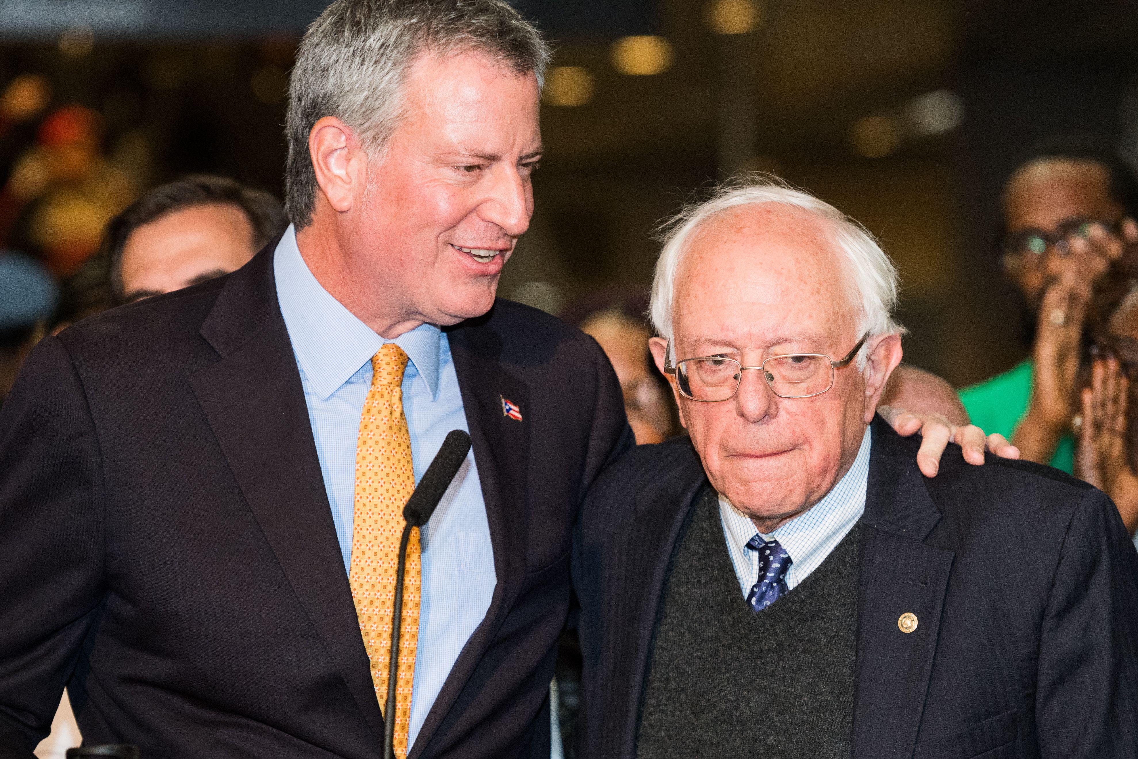 NYC Mayor Bill de Blasio endorses Sanders - Axios