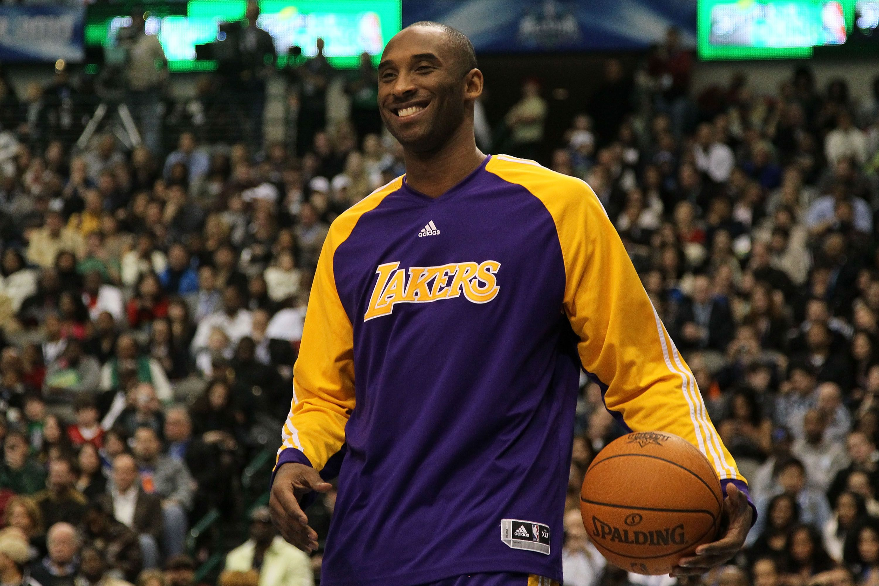 Honoring Kobe Bryant: Sports stars, politicians and celebrities mourn NBA great