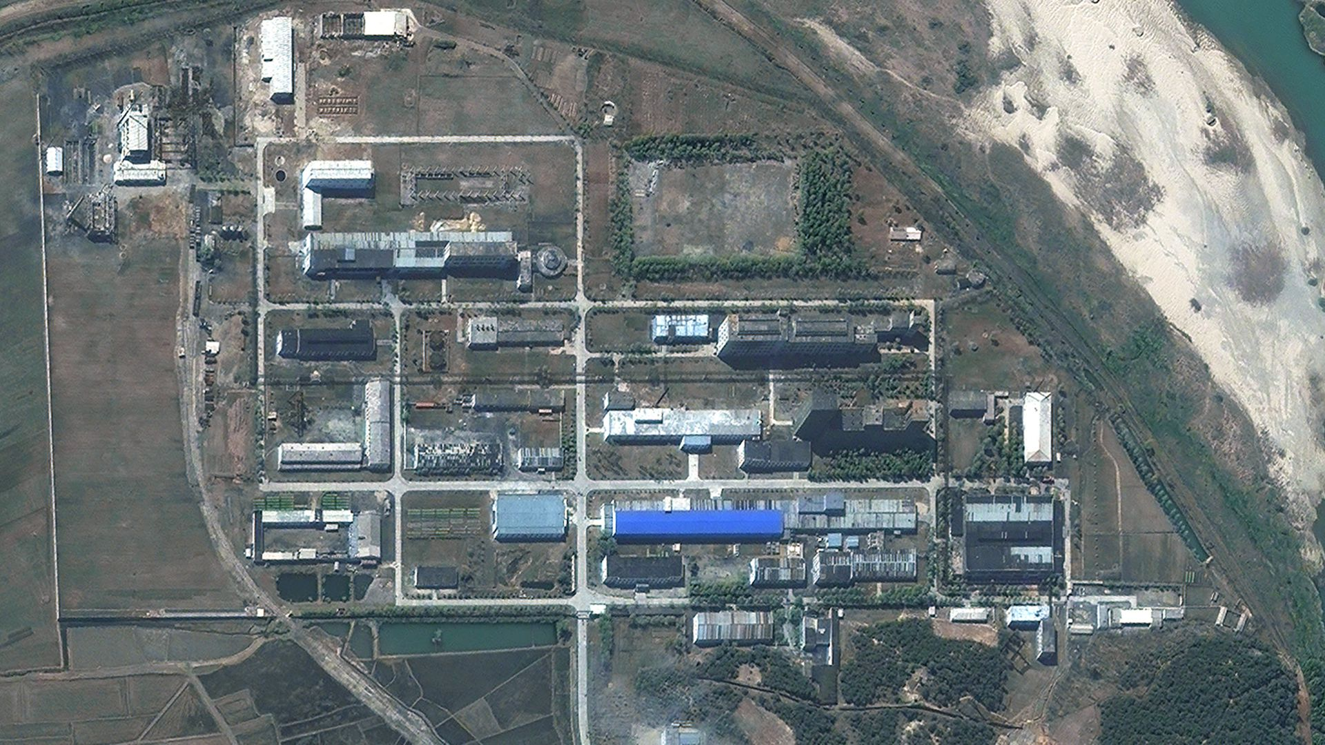 DigitalGlobe imagery of North Korea's 5MWe Reactor at the Yongbyon Nuclear Site in 2012.