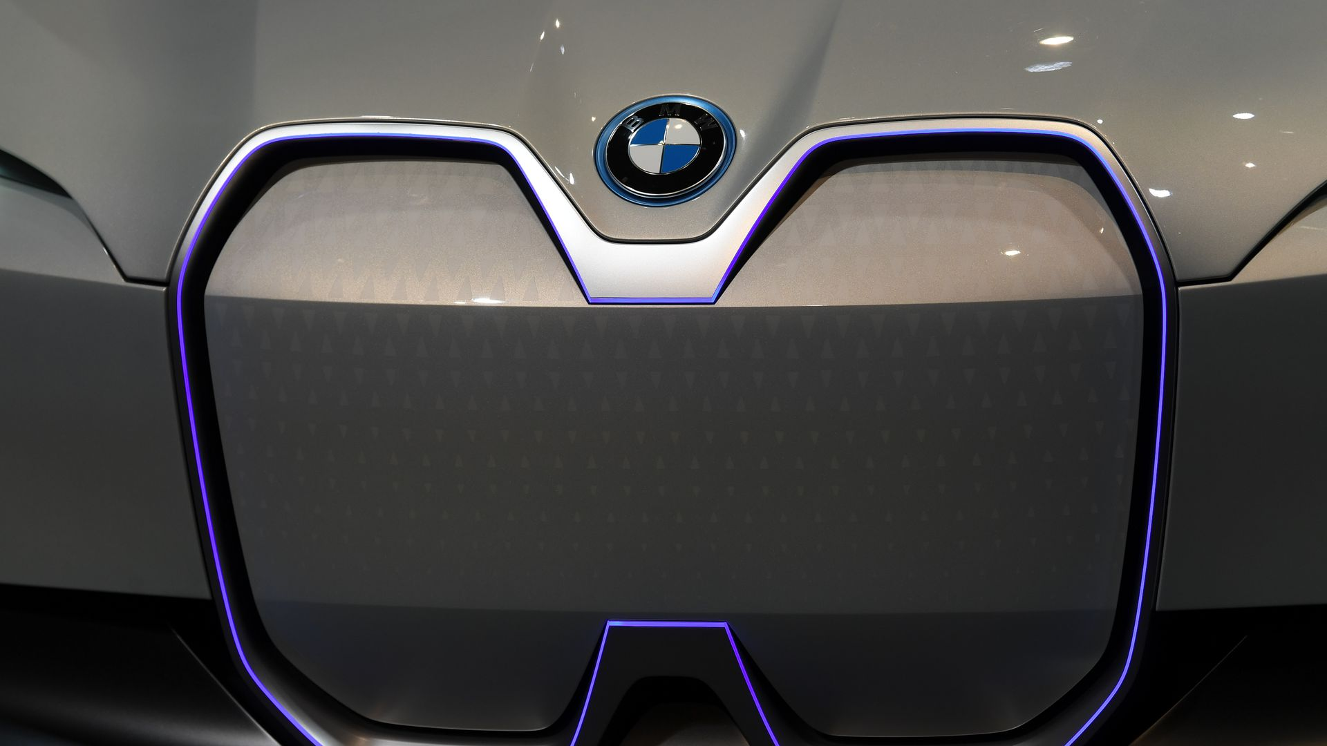 A BMW i4 car.