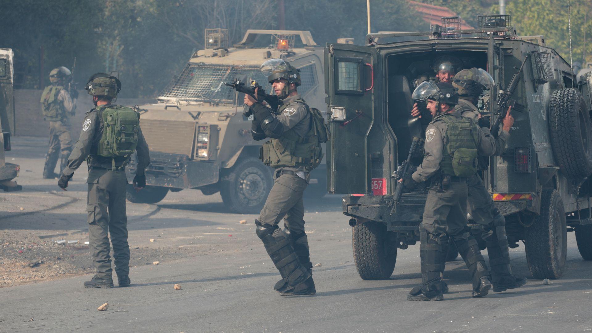 IDF confronts protestors