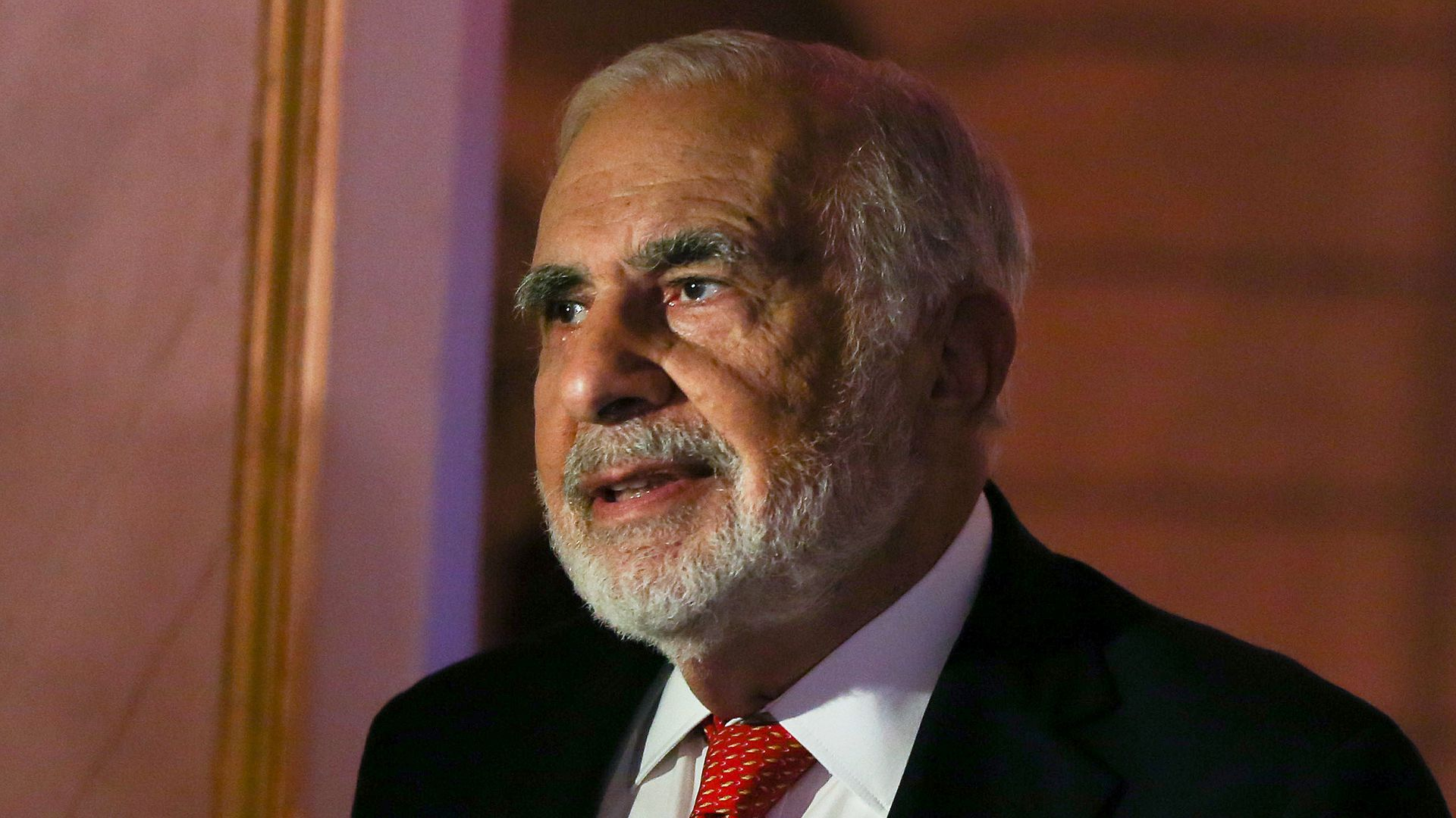 Carl Icahn at a CNBC event.